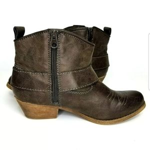 Big Buddha Western Low  Bootie Ankle Boots Size 7